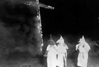 Белые жрецы вуду ку-клукс-кланов